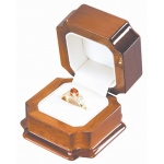 Ring Box with Slot: Mahogany/White
