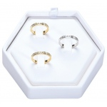 3-Rings Hexagon Display: White Leather