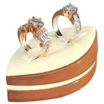 Marquise 2-Ring Clip Display: Cream/Beechwood