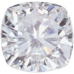 Cushion Moissanite: 10.5mm